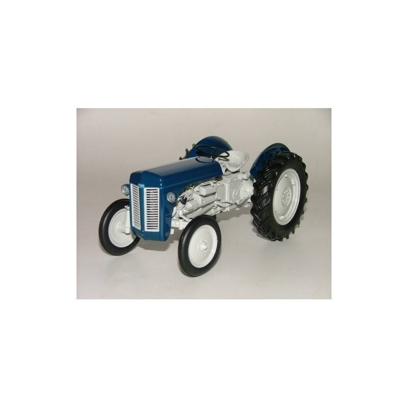 UH-2691-Ferguson-TE20-Estate-Model-Tractor