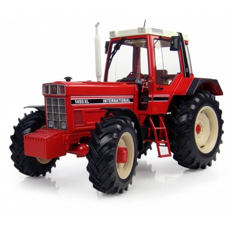 UH 4000 International 1455XL Model Tractor