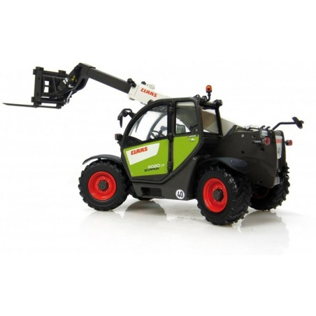 Claas Scorpion 6030 with fork