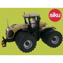Claas Xerion 5000 with Duals