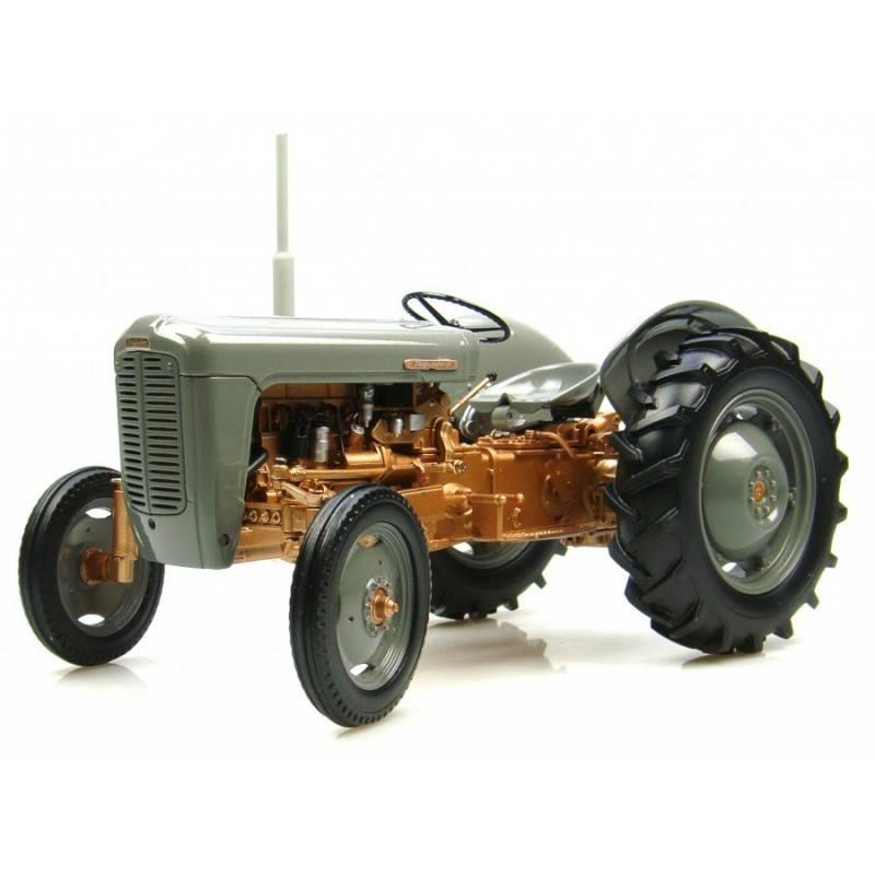 http://www.farm-models.co.uk/766-thickbox_default/uh-2986-ferguson-fe35-1956-model-tractor.jpg