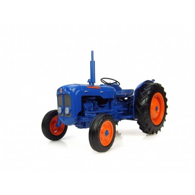 http://www.farm-models.co.uk/780-thickbox_default/uh-2898-fordson-dexta-1960-62-model-tractor.jpg