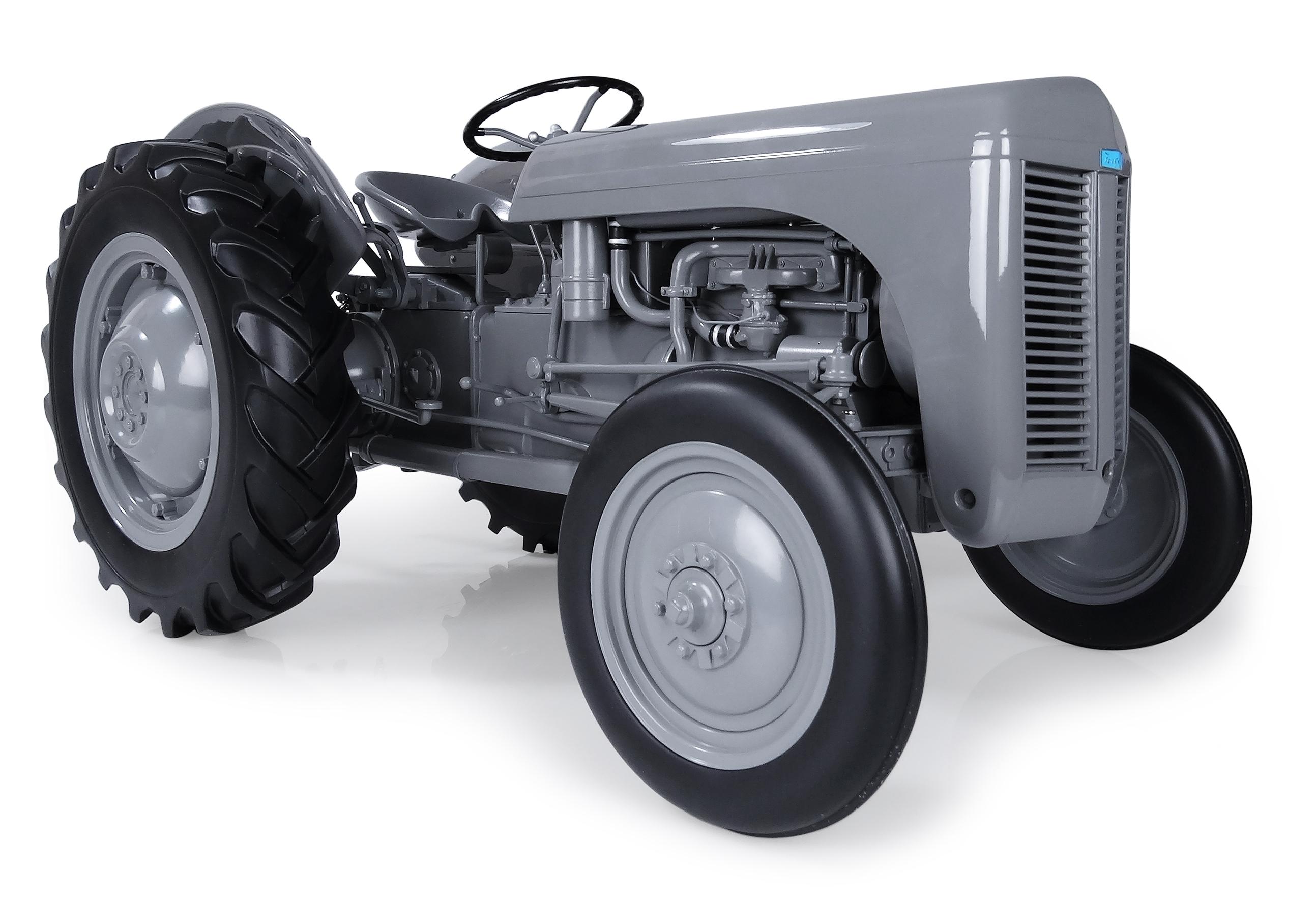 UHR001 Ferguson TE20 Model Tractor